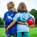 Kinder Sport Ball Sportplatz