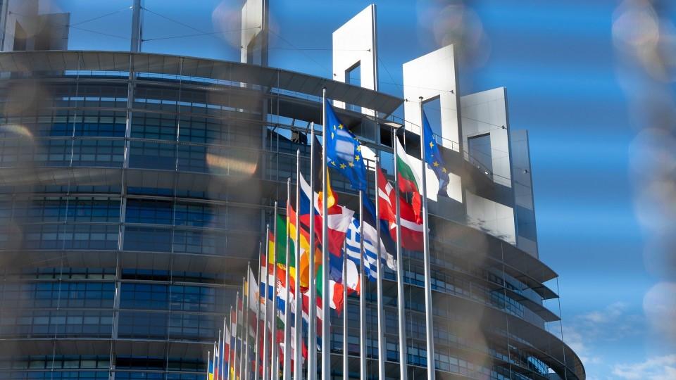 EU Fahnen Gebäude